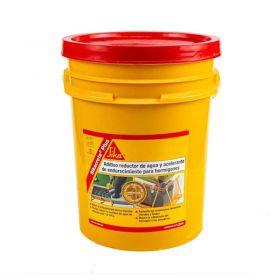 Aditivo plastificante hormigones estructurales Sikacrete Plus balde x 20kg